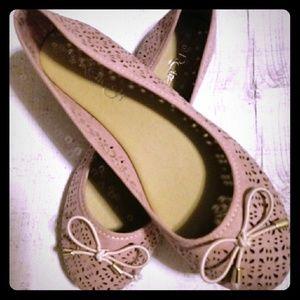 NWOT :Blush ballet flat shoes